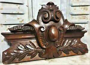 Victorian Coat Of Arms To Be Engraved Pediment Antique French Wood Crest Cornice