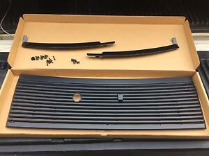 83 93 Mustang Cowl Panel Cover Vent Grill Hardware Lower Trim Ww Squirter