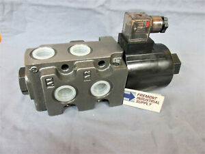 Hydraulic Solenoid Operated Selector Diverter Valve 12 Volt Dc 21 Gpm