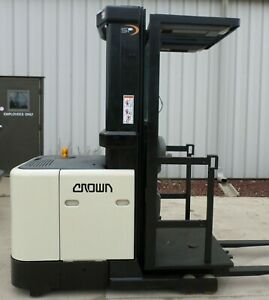 Crown Sp3010 30 2001 3000 Lbs Capacity Great Electric Order Picker Forklift