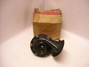 Mopar Nos 1955 1956 1957 Chrysler Dodge Plymouth Low Note Horn Assembly 1527856