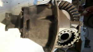 1990 Nissan Ud3000 Rear Differential carrier Assembly 6 17 Ratio 14 Bolt