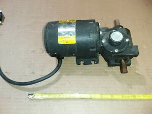 Baldor Dc Motor W Gearbox Gp 2004 1 25 Hp 1080 1 Ratio
