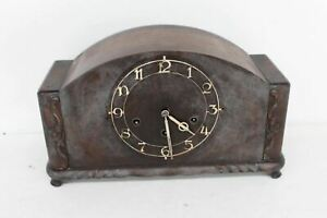 H A C 3657 Tabletop Vintage Antique Wooden Mechanical Chiming Mantle Clock