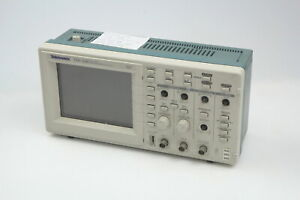 Tektronix Tds220 100mhz 2ch Digital Real Time Oscilloscope 2