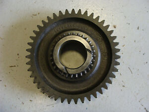 2000 2600 3000 3300 4000 Ford Tractor Parts Transmission Gear 2nd