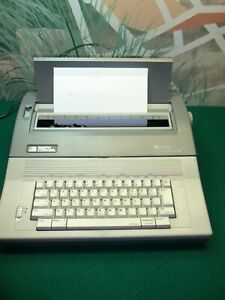 Smith Corona Spell Right Sl 570 Electronic Typewriter Model 5a 1 W user Manual