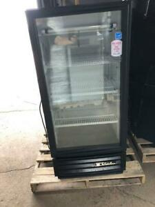 Cooler Self Service Refrigerator One Door Glass Commercial Used Drink To Go Box