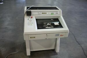 Leica Cm3050 3 1 1 Cryostat Standing Laboratory Research Microtome Unit