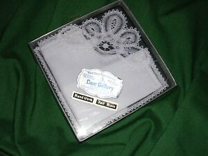 Vintage French Hand Werk White Intricate Lace Wedding Bridal Handkerchief Nib