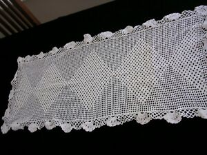Cc Vintage Mid Century Modern Filet Crochet Lace Doily Table Runner 40 X 18