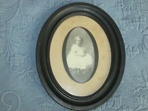 Antique Victorian Oval Picture Frame Photo Of A Little Girl