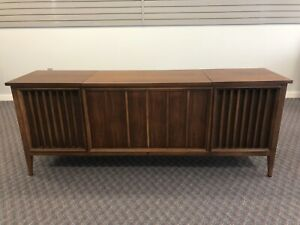 Mid Century Modern Record Console Vintage Cabinet Credenza Stereo Player 20202