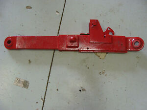1066 International Harvester Tractor Right Hand Lower Link Assembly Lift Arm