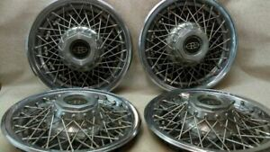 Oem Set Of 4 Wire Wheel Cover Hub Cap Fits 77 78 Buick Riviera K44 169858