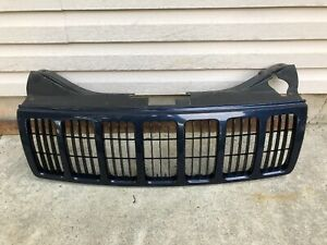 2005 2007 Jeep Grand Cherokee Grill Grille Blue Used Oem 2005 05