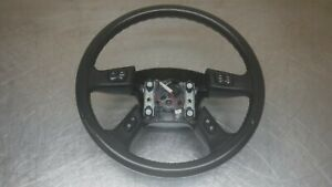 Chevrolet Gmc Tahoe Suburban Yukon Escalade Steering Wheel 03 06 Black Leather