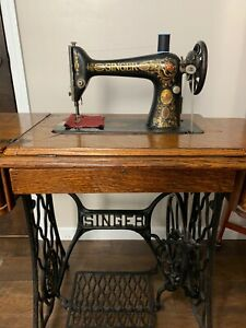 Singer Sewing Machine Model 66 Red Eye 1911 Working In Treadle Cabinet