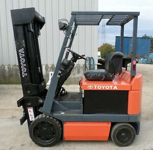 Toyota Model 5fbcu25 2000 5000 Lbs Capacity Great 4 Wheel Electric Forklift