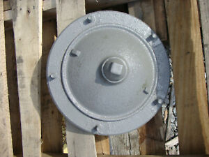 2n 9n Ford Tractor Front Axle Hub To20 To30 Te20 Massey Ferguson Tractor Hub