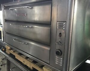 Blodgett 981 Natural Deck Gas Double Pizza Oven With Stones Bake
