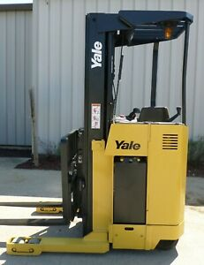 Yale Model Nr040ae 2005 4000 Lbs Capacity Great Reach Electric Forklift