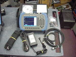Agilent N9340b Handheld Rf Spectrum Analyzer 100 Khz 3 Ghz Calibrated