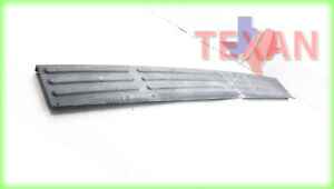 2003 2004 2005 2006 Ford Expedition Back Bumper Step Pad Trim Factory