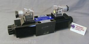 D03 Hydraulic Solenoid Valve 4 Way 3 Position Closed Center 24 Volt Dc