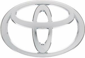 Genuine Oem New Front Chrome Grille Emblem For Toyota Tacoma 2005 2009