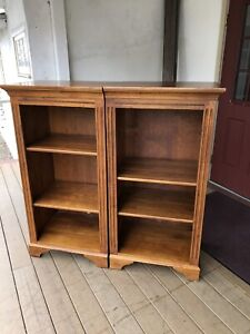 Pair Of Ethan Allen Country Crossings Bookcases