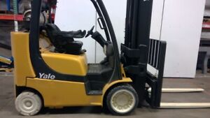 Yale Glc080 Vxngsq105 8000lbs 4 Stage Mast 24 Lift 3 Way Forks Lp Forklift