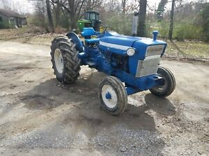 Ford 4400 Utility Tractor