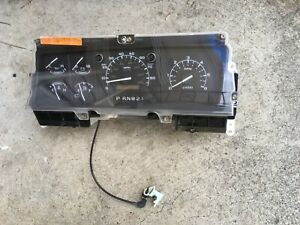 1997 Ford F350 Speedometer Instrument Cluster With Tach Oem