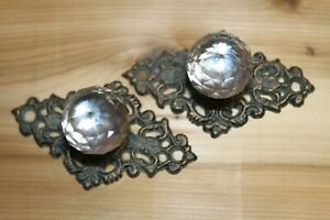 Elegant Swirl Design Drawer Pull Glass Knob On Cast Iron Backplate 2 Pcs Hw 62