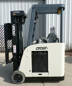Crown Rc5530c 30 2009 3000 Lbs Capacity Great Docker Electric Forklift