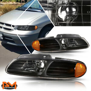 For 96 00 Chrysler Town country voyager Headlight lamp Black Housing Amber Side