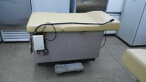 Midmark Ritter 104 100 035 Medical Examination Table Adjustable Back