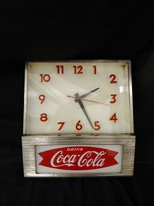 Vtg 1950s Price Bros lighted Coca Cola Coke Advertising Fish Tail Clock Works