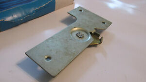 Nos 1966 1968 Ford Country Squire Ranch Wagon Tailgate Latch Control Asby New