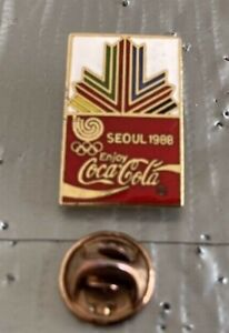 Seoul Korea Summer Olympics 1988 Coca Cola  Pin Badge.