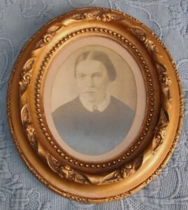 Antique Victorian Ornate Gold Oval Picture Frame Photo Of A Woman