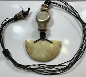 Chinese Abstract Antique Jade Pendant Modern Necklace Ionic Column Motif