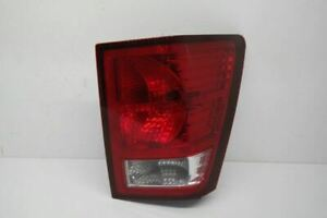07 10 Jeep Grand Cherokee Passenger Right Tail Light Oem