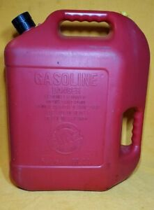 Blitz 6 Gallon 16 Oz 50841 Red Plastic Gas Can With Spout Vent