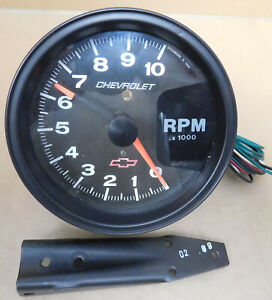 Gm autometer 3900 Bowtie Phantom Tach 10 000 Rpm 5 Dia