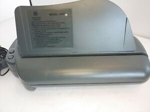 Business Source 62901 Electric Hole Punch 3 Punch Head s 30 Sheet Capacity