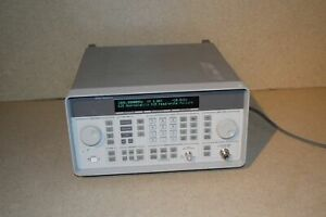 Hp 8648d Synthesized Signal Generator 9 Khz Or 100 Khz To 4000 Mhz