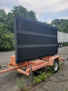 Solar Panel Powered Message Board Traffic Control Pcms American Signal Company