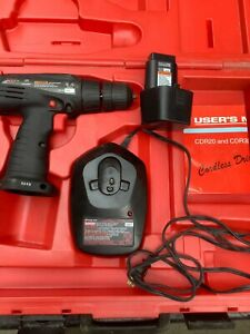 Snap On Tool S Cordless Drill Cdr20 9 6 Volt And A Ctc 200 9 6 12v Charger
